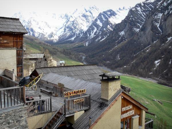 Saint-Véran - Tourism, holidays & weekends guide in the Hautes-Alpes