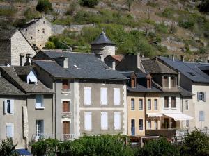 Sainte enimie 27 afbeeldingen met hoge resolutie - Gevels van hedendaagse huizen ...