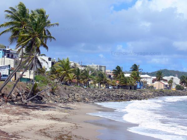 Sainte Marie Y La Destilería Saint James Guía Turismo Y Vacaciones