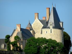 Sainte-Suzanne - Sainte-Suzanne castle: tower of the Fouquet de la Varenne lodge