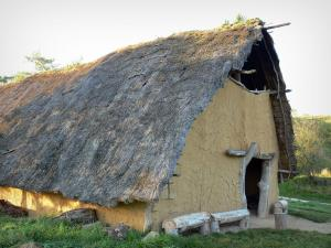 Samara Park - Reconstruction of a prehistoric environment (Neolithic): house