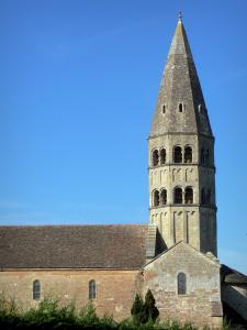 Savoyard Bresse - Octagonal bell tower of the church of Saint-Andre-de-Bâgé