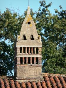 Savoyard Bresse - Saracen chimney of the Grandval farm; in the town of Saint-Trivier-de-Courtes