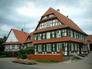 Seebach - White Half-timbered houses and windows decorated with geranium flowers (geraniums)
