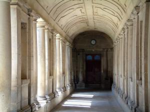 Senlis - Cloister of the ancient Saint-Vincent abbey