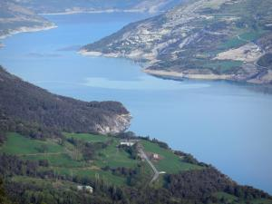 Serre-Ponçon lake - Lake (water reservoir) and its shores