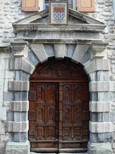 Serres - Carved door of the town hall