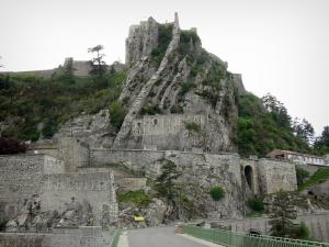 Sisteron - Citadel perched on its rock
