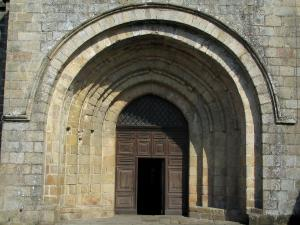 Solignac abbey church - Portal of the abbey church