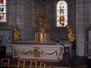 Solignac abbey church - Inside of the abbey church