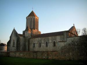 Surgères church - Notre-Dame church of Romanesque style