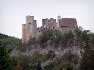 Tallard - Medieval castle and its chapel of Flamboyant Gothic style perched on a rocky spur