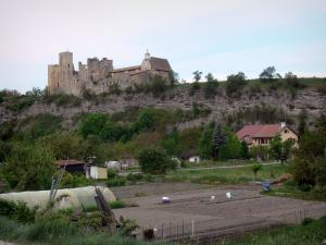 Tallard - Medieval castle on its rocky spur overlooking vegetable gardens