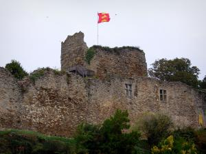 The Talmont Saint Hilaire Castle Tourism Holiday Guide