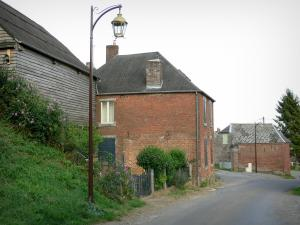 Thiérache - Streets and brick houses of the village of Englancourt