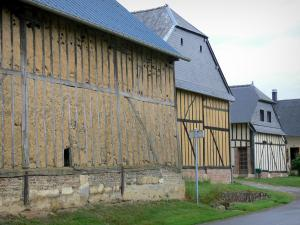 Thiérache - Half-timbered houses in the village of Archon