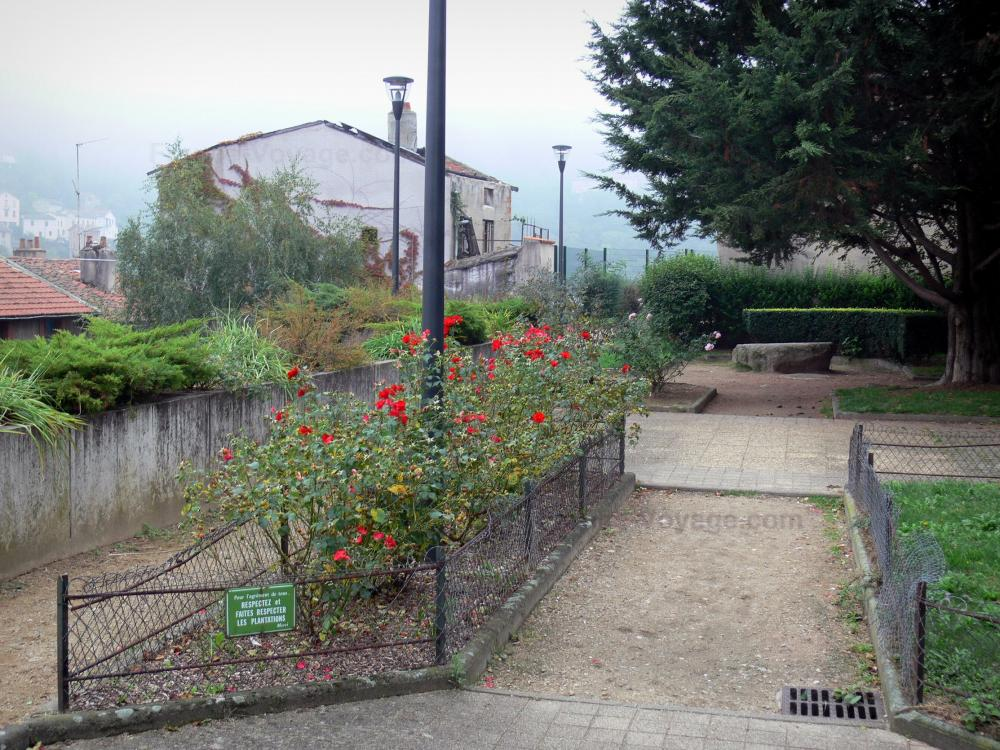 Photos thiers 29 images de qualit en haute d finition - Jardin fleuri meaning colombes ...