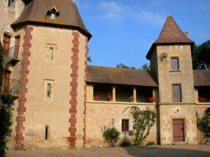 Thoury castle - Main building and its gallery; in the town of Saint-Pourçain-sur-Besbre, in Besbre valley
