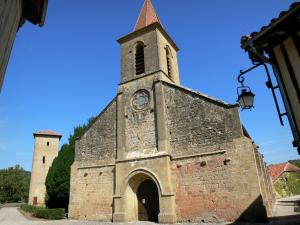 Tillac - Saint-Jacques-le-Majeur church and Mirande tower