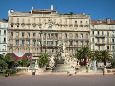 Car Rental Lafayette La >> Toulon - Tourism & Holiday Guide