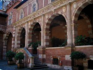 Toulouse - Assézat mansion home to the Bemberg foundation