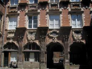 Toulouse - Clary mansion (Pierre mansion)