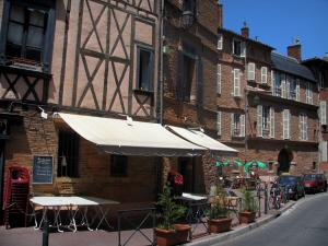 Toulouse - Café terraces and houses of the old town