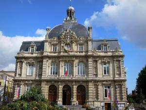 Tourcoing - Facade of the town hall of eclectic style