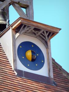 Tournon-d'Agenais - Moon dial of the Belfry