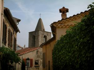 Tourrettes - Ivy, church bell tower and houses of the village
