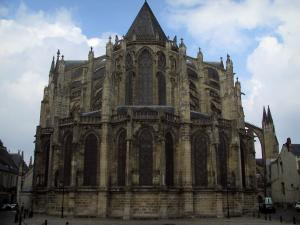 Tours - Chevet of the Saint-Gatien cathedral and clouds in the sky