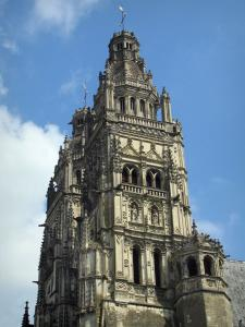 Tours - Towers of the Saint-Gatien cathedral
