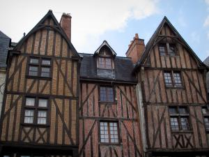 Tours - Timber-framed houses of the Plumereau square