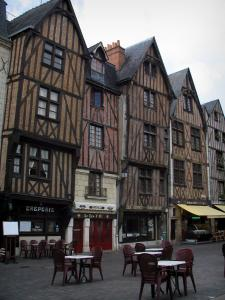 Tours - Timber-framed houses and café terrace of the Plumereau square