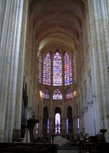 Tours - Inside of the Saint-Gatien cathedral