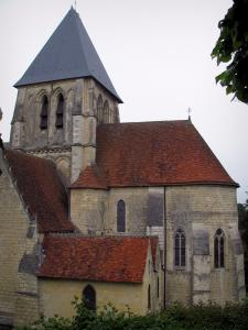 Trôo - Saint-Martin collegiate church