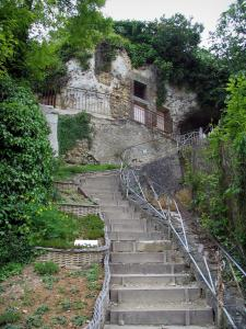 Trôo - Stair leading to troglodyte houses of the village