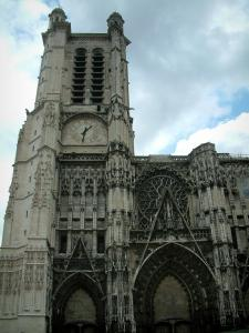 Troyes - Tower of the Saint-Pierre-et-Saint-Paul cathedral of Gothic style