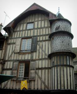Troyes - Period house with turret (Orfèvre turret)