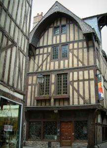 Troyes - Boulanger (baker) house home to the Thibaud-de-Champagne cultural centre