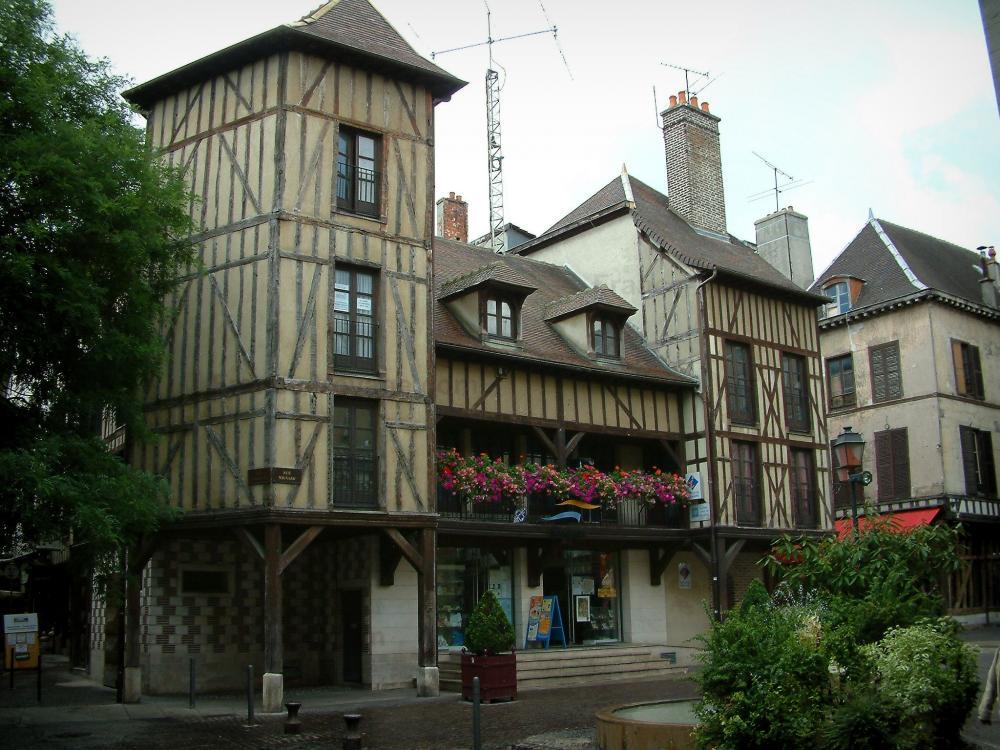 Photos troyes guide tourisme vacances - Troyes office de tourisme ...