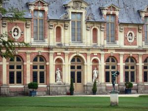 Tuien van het kasteel van fontainebleau 22 afbeeldingen for Diana tuin