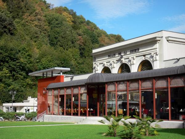 Uriage-les-Bains - Spa town: Palace of the Source - Casino