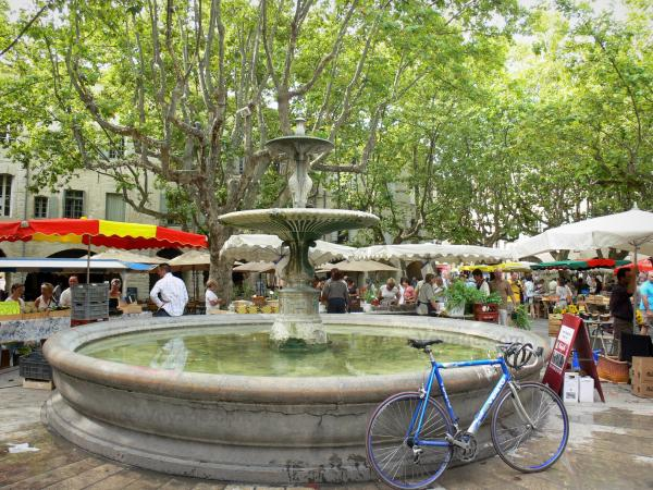 Uzès - Tourism, holidays & weekends guide in the Gard