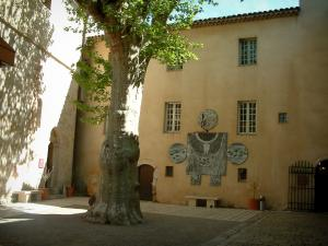 Vallauris - Internal court of the National Picasso museum and the Ceramic museum