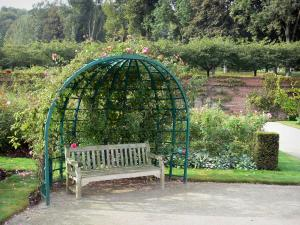 Valloires gardens - Bench, rose garden and trees