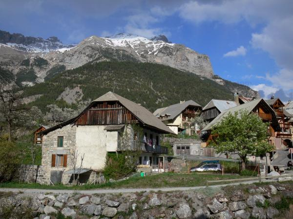 Vallouise - Traditional chalets of the village and mountains; in the Écrins National Nature Park