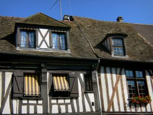 Vernon - Facades of half-timbered houses of the old town of Vernon