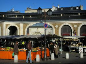 Versailles - Marketplace with displays and covered market hall of the royal city