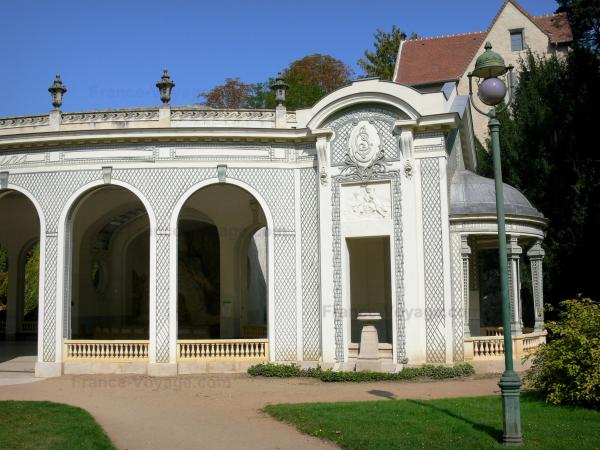 Vichy - Spa town (resort): Pavilion of the Célestins spring